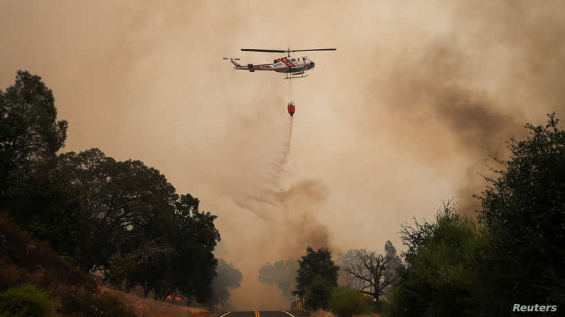 """الحرائق تجتاح كاليفورنيا.. إجلاء نحو 240 ألف شخص و""""على الجميع التأهّب"""""""