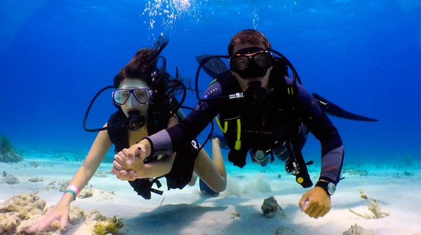 Học lặn và nhận chứng chỉ tại khóa học Discover Scuba Diving của PADI
