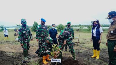 Duduwetan Jadi Target Program Penanaman Pohon PT Virama Karya (Persero)