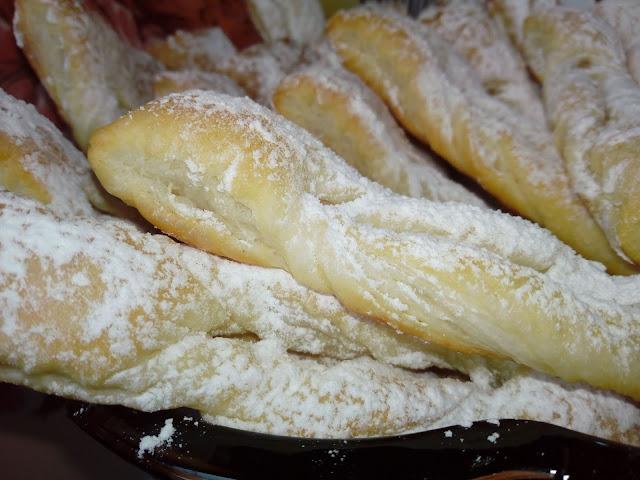 faworki z ciasta francuskiego szybkie faworki blyskawiczne proste latwe faworki dla niezapowiedzianych gosci