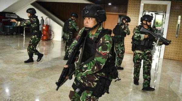 Amnesty International: Pelantikan Jokowi Dulu Diarak, Sekarang Dikawal Aparat