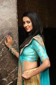 Priyashri sizzling at Majnu audio-thumbnail-4