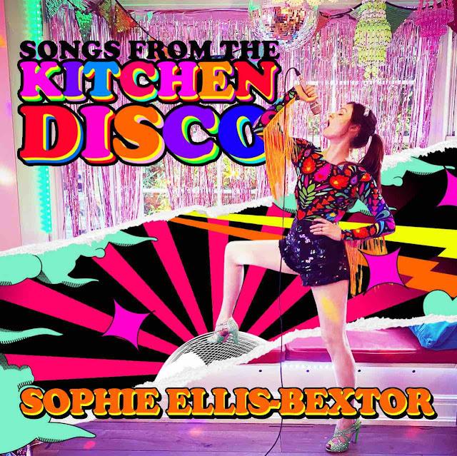 """Sophie Ellis Bextor nous présente """"Crying At The Discotheque"""", une reprise du hit du groupe suédois Alcazar"""
