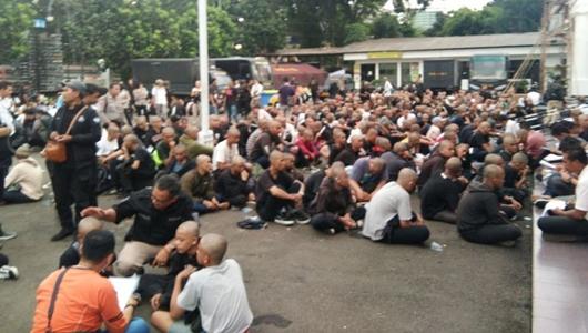 """Moeldoko Minta Polisi Cari """"Otak"""" Kelompok Berbaju Hitam saat """"May Day"""""""