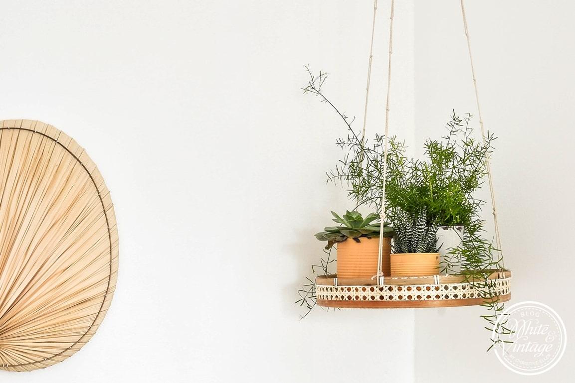 DIY-Anleitung für Blumenampel aus Wienergeflecht