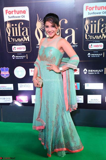 Sakshi Agarwal in Transparent Sleevelss Tight Gown at IIFA Utsavam Awards 002.JPG