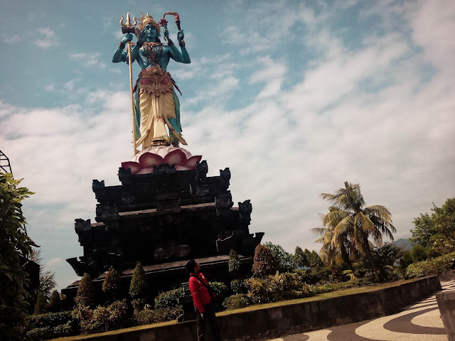 Objek Wisata Taman Siwa Gilimanuk Bali