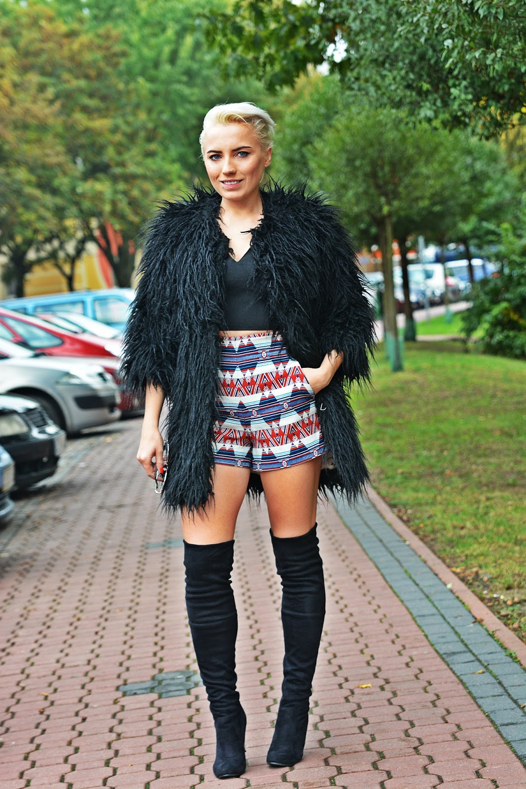 black_fur_coat_high_waist_shorts_karyn