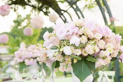 Cara Pergi Tentang Menemukan Bunga Pernikahan Murah