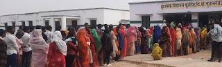 जनपद में त्रिस्तरीय पंचायत चुनाव के लिए 62 प्रतिशत पड़ा वोट  | #NayaSaberaNetwork