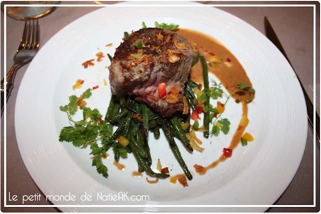 Filet de bœuf, poêlée d'haricots verts Bouillon Racine