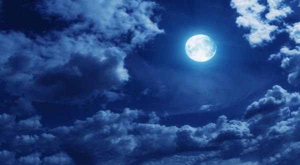 Subhaanallah, Beginilah Amalan Yang Membuat Pelakunya Datang Bagai Bulan Purnama Di Hari Kiamat