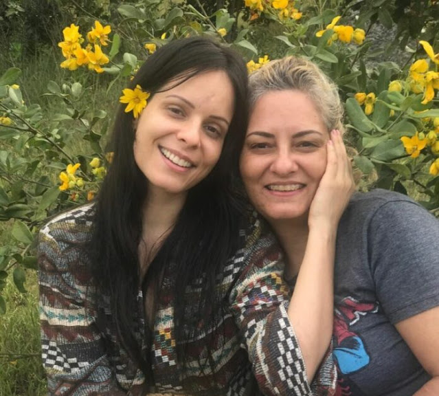 Marcela Taís pede orações pela sua mãe internada em estado grave