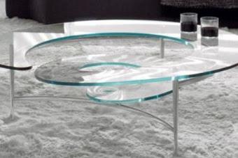 Meja kopi kaca adalah tanda keanggunan dan gaya