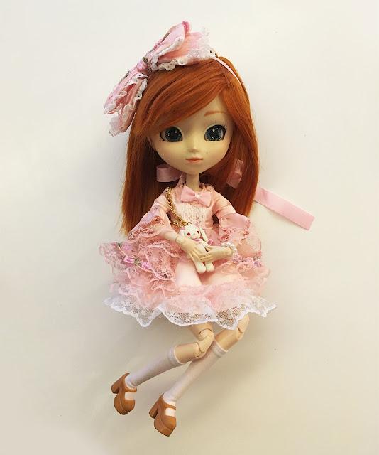 vestidinho de boneca na Pullip