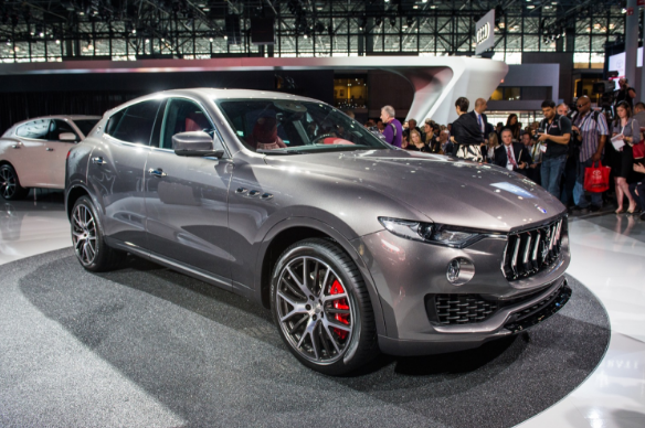 2018 maserati specs. interesting specs 2018 maserati levante price specs interior powertrain with maserati specs