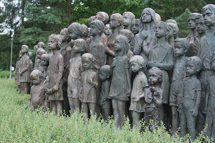 82 children killed by the Nazis