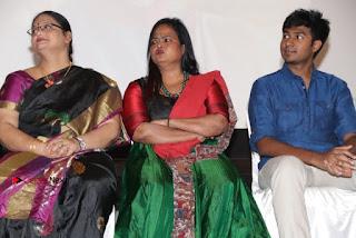 Yathumaki Nindraai Press Meet Stills  0026.jpg