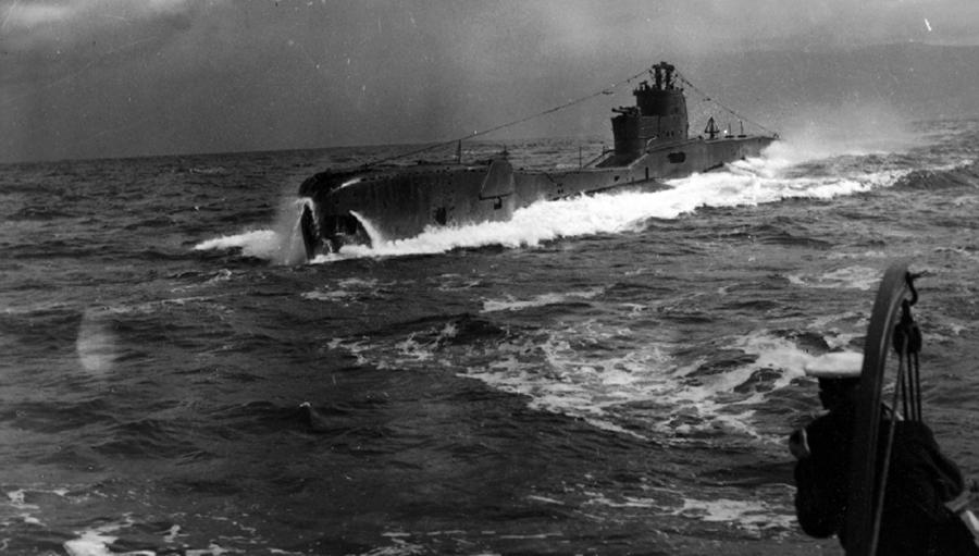 photos de sous-marin et de leur équipage File003