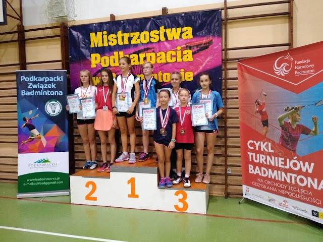 Zawodnicy Skarbka wracają z zawodów z 9 medalami