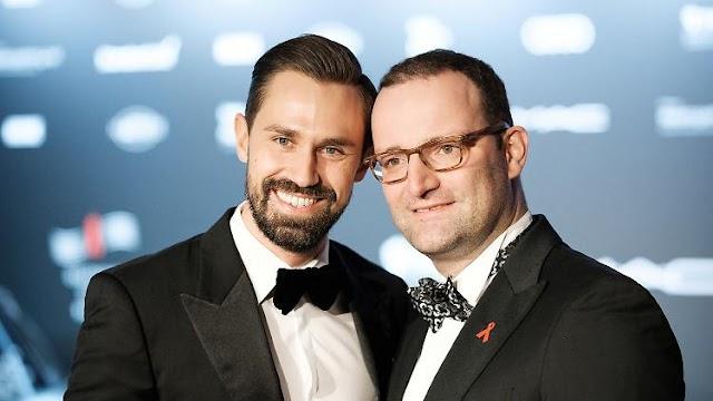 Niemcy planują zakaz terapii mających leczyć homoseksualizm