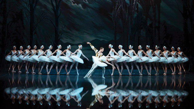 """""""Η Λίμνη των Κύκνων"""" από το Russian Ballet Theater στην Αλεξανδρούπολη"""