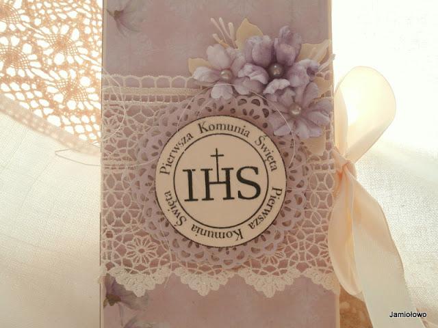 czekoladownik z ręcznie robionymi kwiatami, gipiurą i digi stemplem