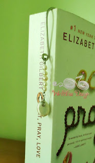 Cute dangle wire wrapped bookmark with Pearl