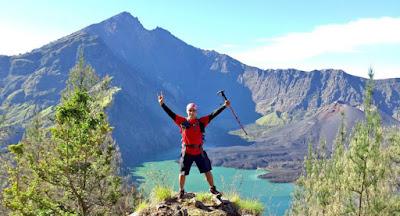 Plawangan Senaru Crater Rim 2641 meters