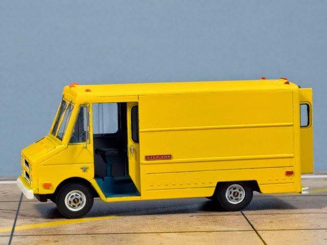 AlexS Scale Aircraft Modelling: Chevrolet Step-Van Model