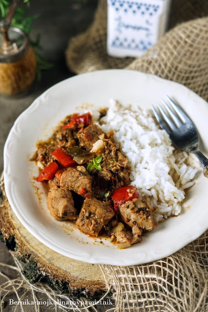 gulasz, szynka, wieprzowina, obiad, wolnowar, bernika, kulinarny pamietnik