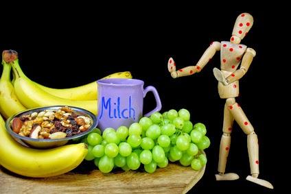 Nahrungsmittelunverträglichkeiten äußern sich oft in einer Vielzahl von Beschwerden