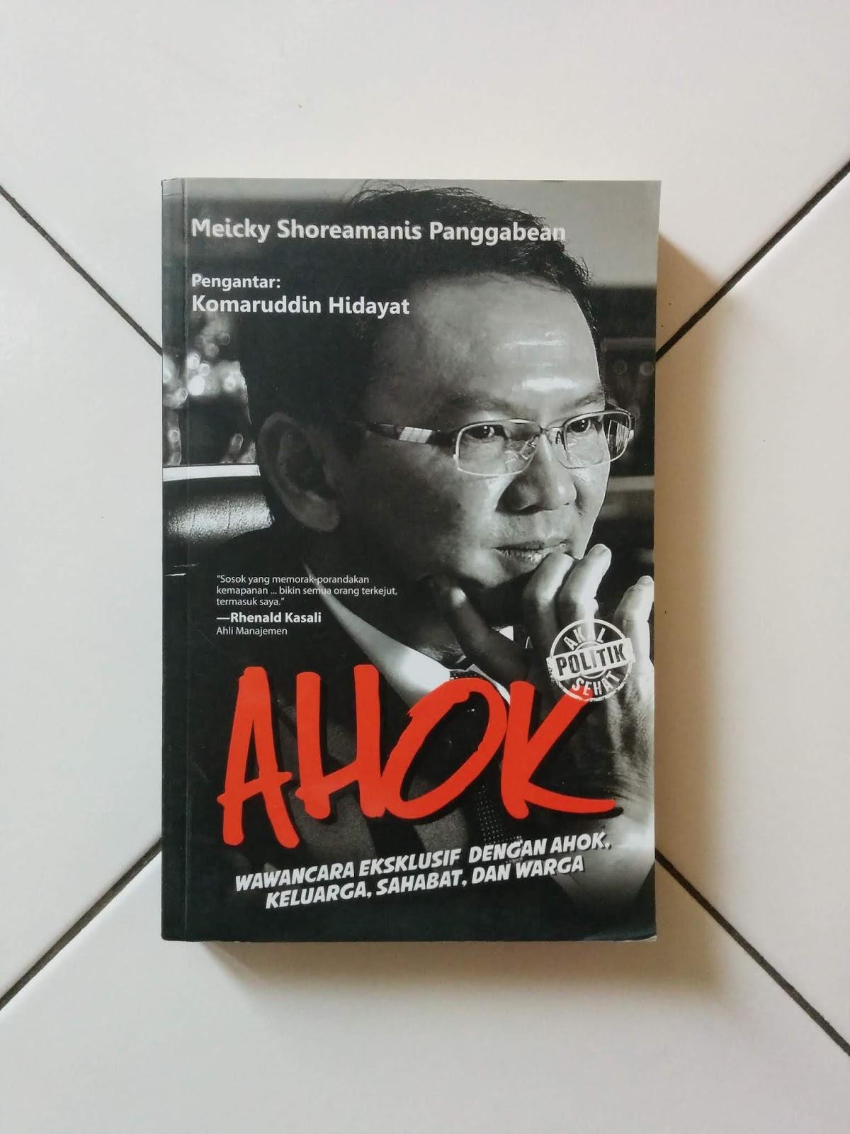 Buku Karya Meicky Shoreamanis Panggabean
