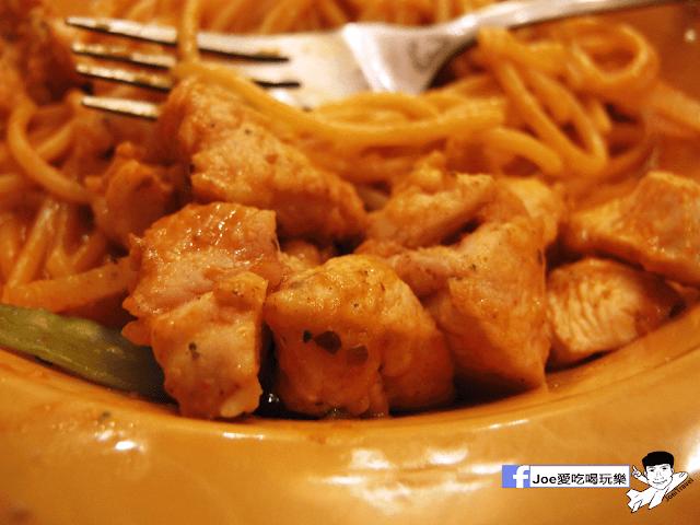 IMG 6745 - 【台中美食】平價到不要不要的!!! 尼洛廚坊 高檔裝潢內的平價義大利麵 | 焗烤 | 輕食 |下午茶 |免服務費