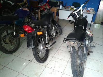 Em Anapurus, Polícia Militar apreende duas motocicletas irregulares.