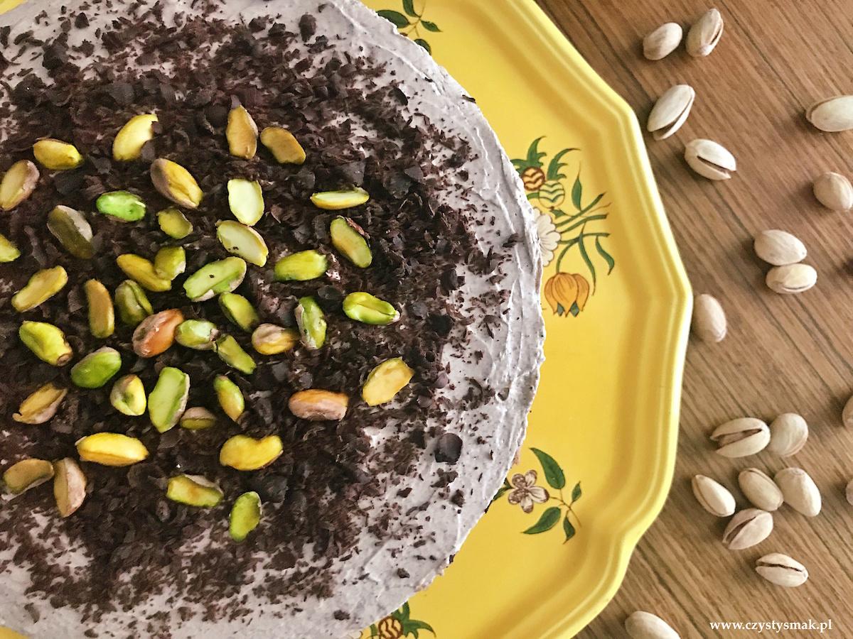 Sernik pistacjowy z musem cynamonowym