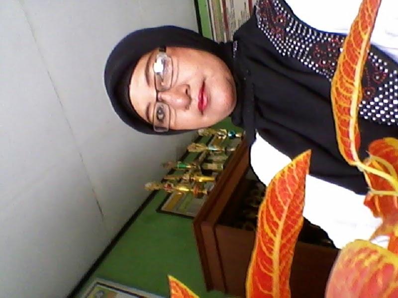 Yayayn Mulyani Janda Kaya Karawang Cari Suami Siap Nikah