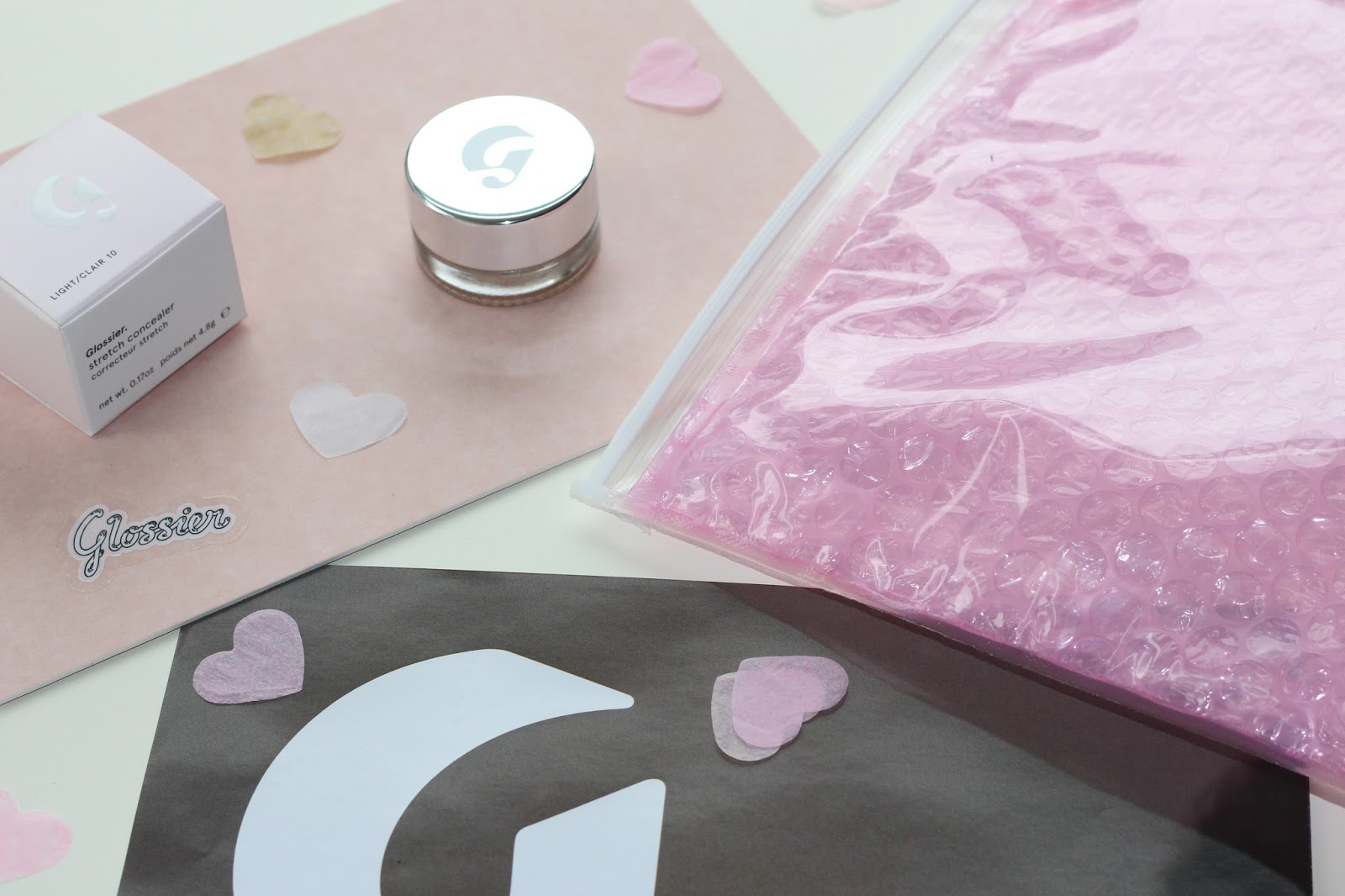 Review: Glossier Stretch Concealer
