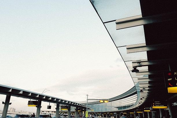 Como ir do Aeroporto Internacional de Pearson para o centro da cidade