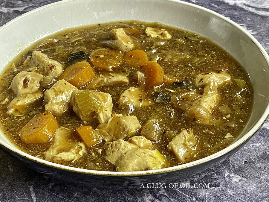 easy slow cooker chicken casserole