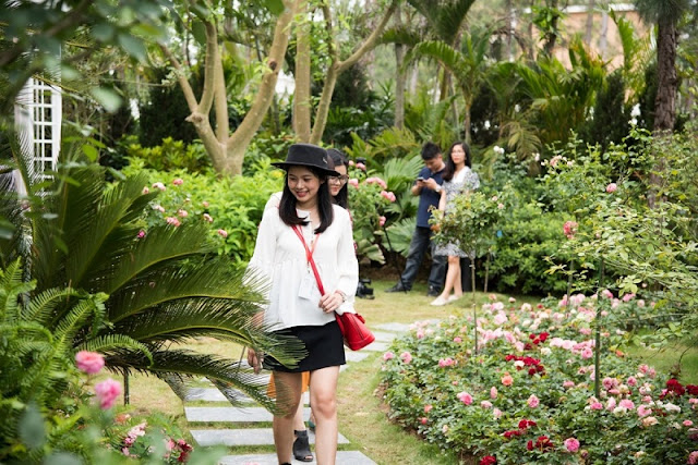 """Kingdom of roses"" in Flamingo Dai Lai Resort 2"
