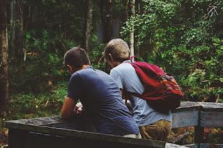 5 Tipe Teman Yang Harus Anda Pertahankan Sampai Tua