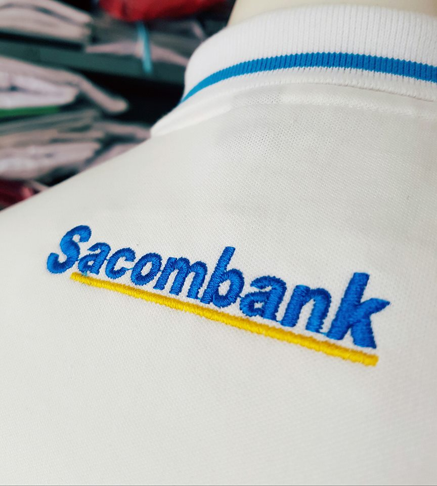 mẫu áo thun đồng phục dành riêng cho ngân hàng sacombank