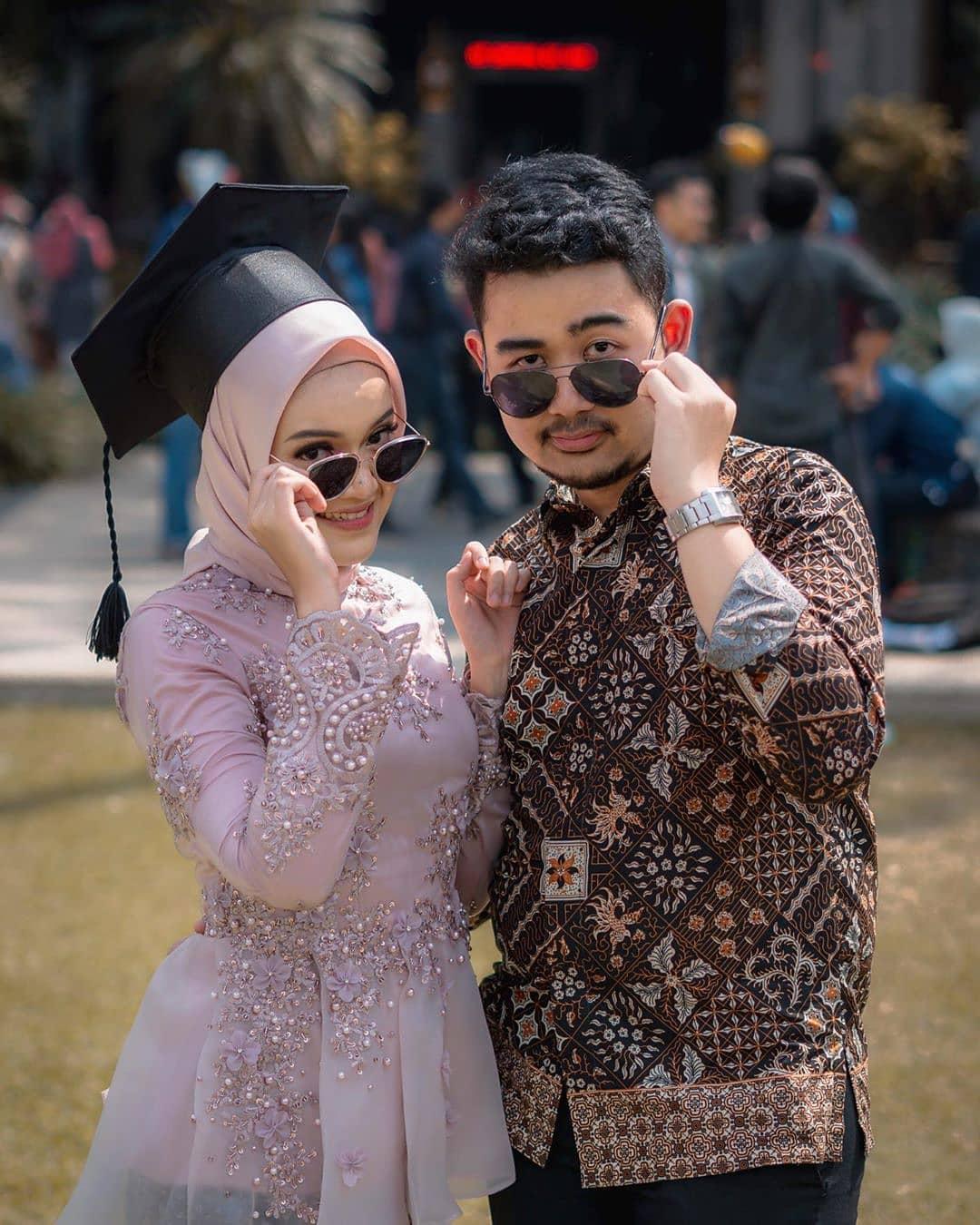 Model Kebaya Wisuda Hijab
