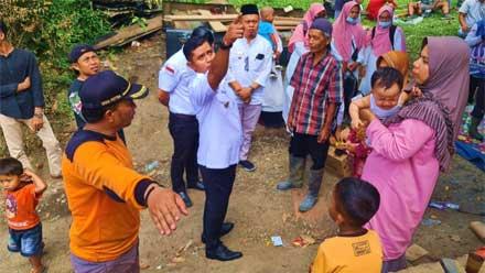 Wabup Solok Kunjungi Korban Musibah Kebakaran di Lurah Nan Tigo
