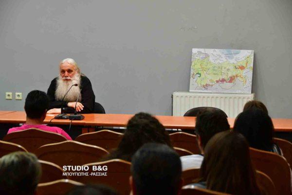 Ο Μητροπολίτης Αργολίδας συνεχίζει και εφέτος τις συνάξεις νέων στο Ναύπλιο και το Άργος