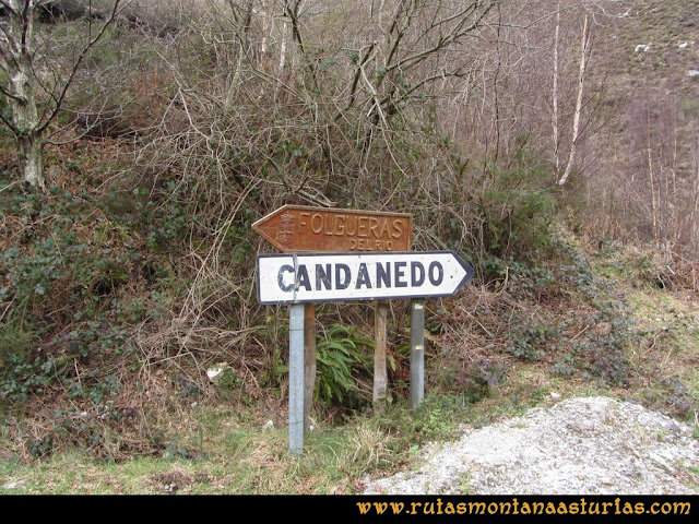 Ruta Alto Aristebano, Estoupo, Capiella Martín: Señales en la carretera
