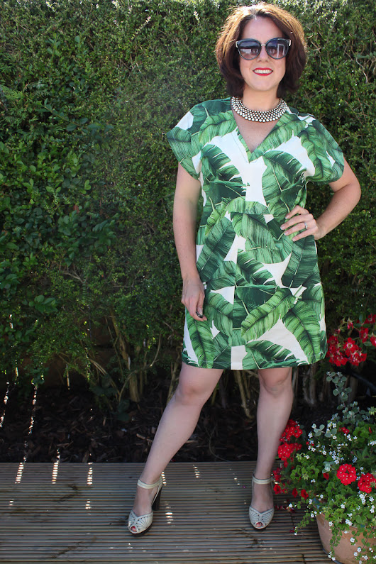 Sea Salt & Stitches: Club Tropicana - My Charlie Caftan