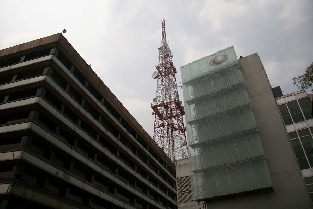 Televisa en quiebra, anuncia la venta de su participación en Radio