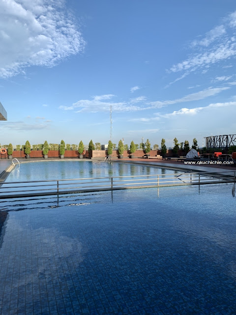 swimming pool swiss bel hotel cirebon